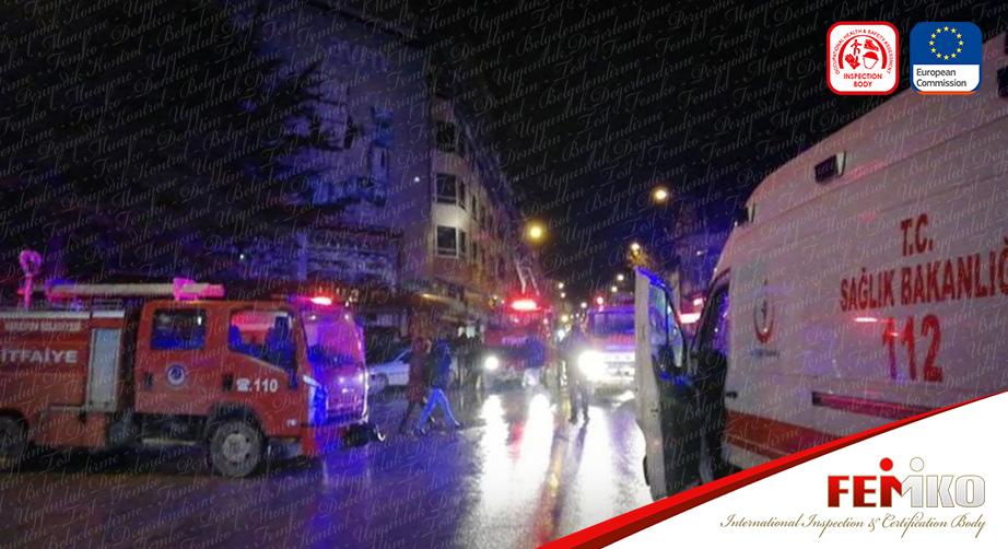 Amasya'da Alışveriş Merkezinde Yangın Çıktı