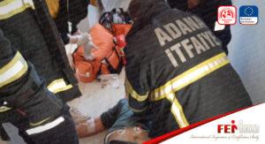 Adana'da Asansör Boşluğunda Kabinle Duvar Arasında İşçi Sıkıştı